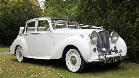 Top 10 Most Popular Wedding Cars   Premier Carriage