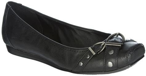 bare traps womens shoes wear by bare traps womens iggi shoes