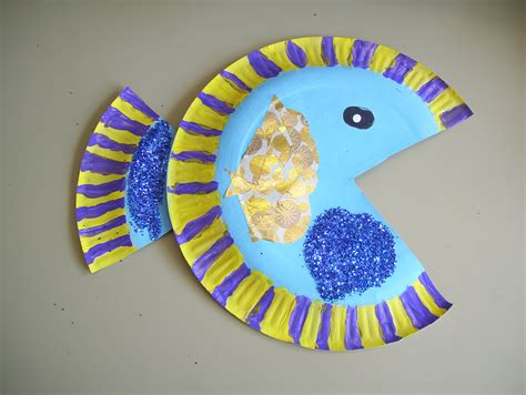 How To Make A Paper Plate Fish - paper plate fish markyate school and nursery