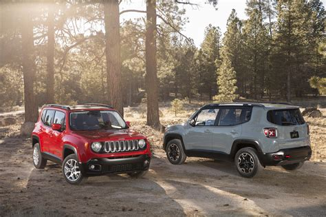 jeep crossover 2014 geneva motor show jeep debuts all new renegade crossover