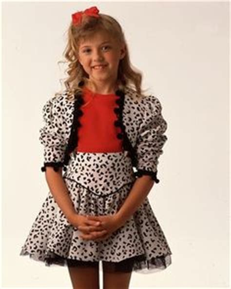 how old is stephanie from full house stephanie tanner on pinterest full house michelle full house cast and michelle tanner