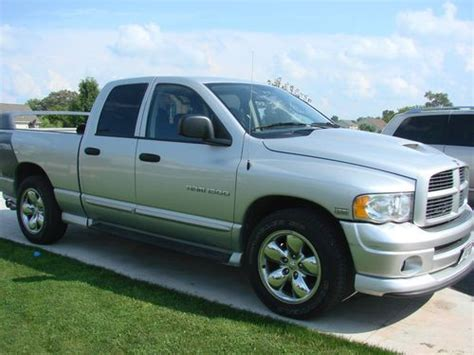 2005 dodge ram 1500 4 door find used 2005 dodge ram 1500 slt crew cab 4 door 5