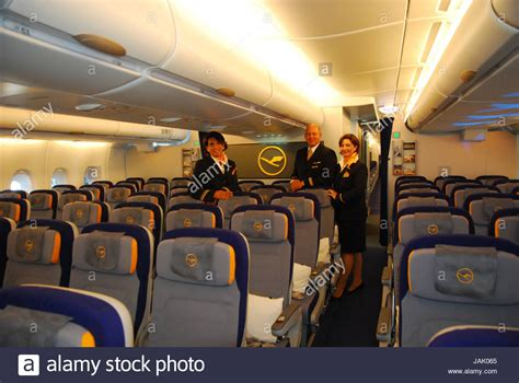 a380 kabine business class cabin lufthansa airbus stockfotos