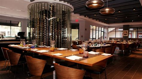 buffet restaurants miami 12 miami restaurants that will cater your wedding eater