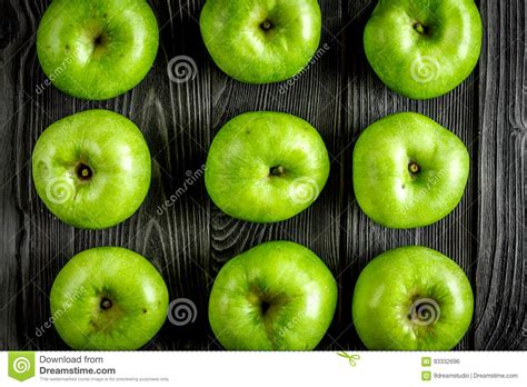 green apple great english summer food with green apples on dark background top view pattern royalty free stock photography