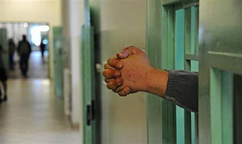 casa circondariale voghera evade dal carcere di voghera preso a crotone gazzetta