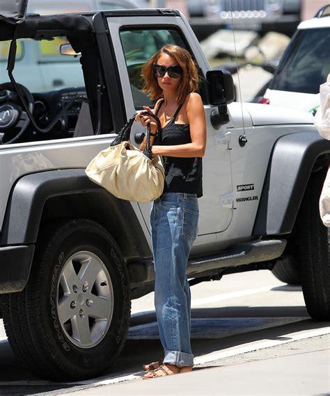 nicole richie wearing jeans nicole richie boyfriend jeans nicole richie clothes