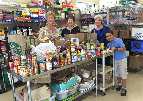 St Paul Food Pantry by Doorstep Donations Kid Fights Hunger With