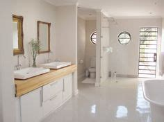 high gloss bathroom tiles recreate this bathroom interior using our polished