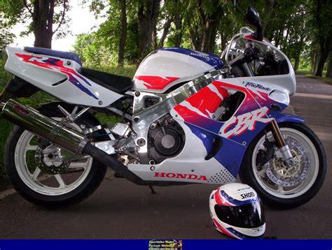 honda cbr 900 rr 1994 honda cbr900rr fireblade moto zombdrive com