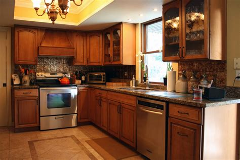 clean kitchen cabinets wood 100 how to clean oak kitchen cabinets amusing 90