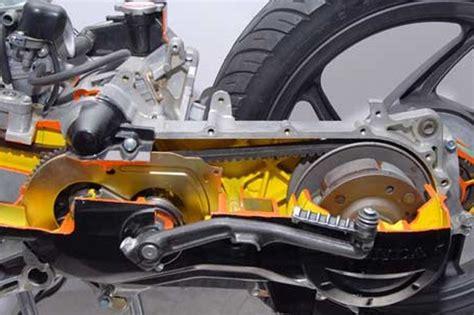 Cover Motor Matic Surabaya motor matic bergetar artinya v belt harus segera
