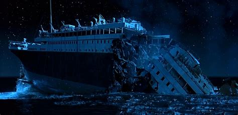 pictures of the titanic sinking how historically accurate was cameron s titanic