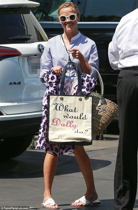Norton To Name Purse After Reese Witherspoon by Reese Witherspoon Grins As She Shows What Would Dolly