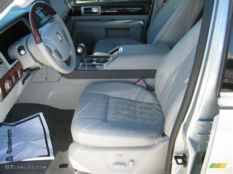 2005 Lincoln Navigator Interior by 2005 Lincoln Navigator Luxury Interior Photo 39435250