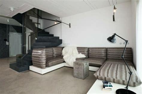 Atractiva  Decoracion Marruecos #8: Dise%C3%B1o-salon-escaleras-negras.jpg