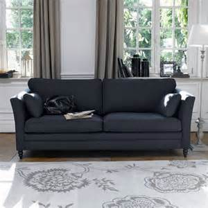 what goes with grey what colour curtains go best with a grey and black