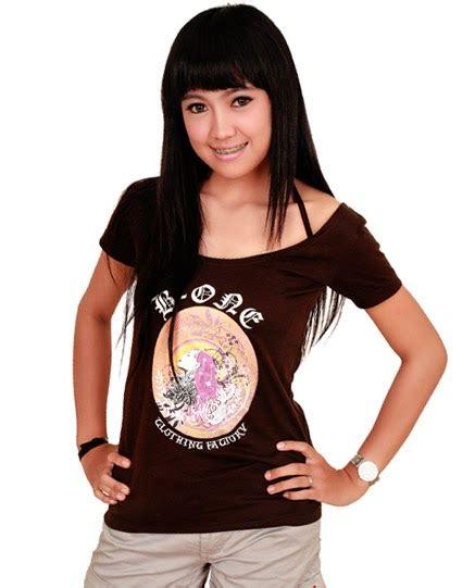 Kaos Cewek Kaos Fendi Kaos Branded foto baju kaos perempuan kaos remaja wanita model baju