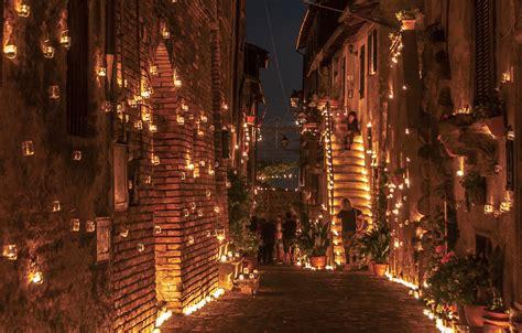 candele immagini torna la notte delle candele 100 000 fiaccole illuminano