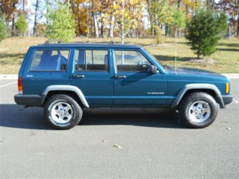 car maintenance manuals 1997 jeep grand cherokee electronic valve timing service manual 1997 jeep grand cherokee manual release key 1997 jeep cherokee limited news