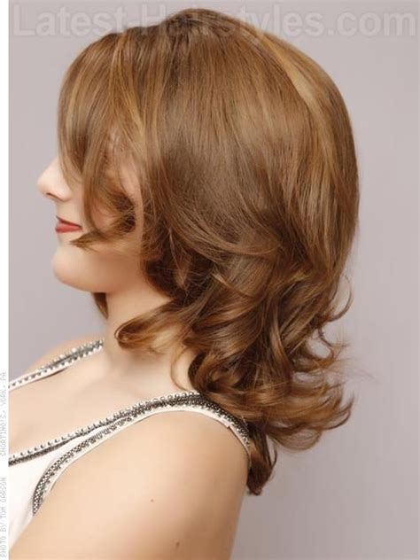 medium length tapered or layered hairstyles for women over 50 medium layered haircuts 27 stunning ideas for 2017