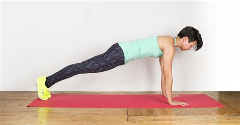 plank excercises plank how to do a perfect plank greatist