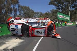 V8 Supercars' Craig Lowndes and Warren Luff have big crash