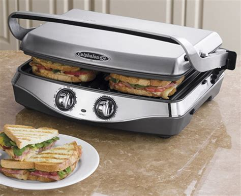 Indoor grill from Calphalon with removable plate
