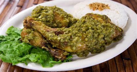 Ayam Panggang Inns Ragunan makan malam dengan ayam panggang sambal hijau maknyuss