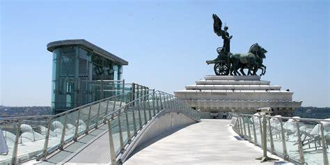 terrazza vittoriano ascensori panoramici e terrazza complesso