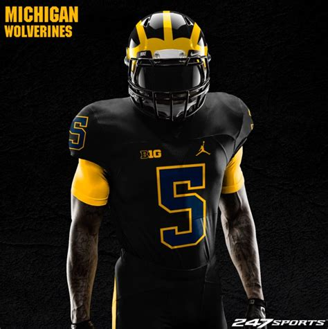 michigan football colors maze blue go peppers of michigan