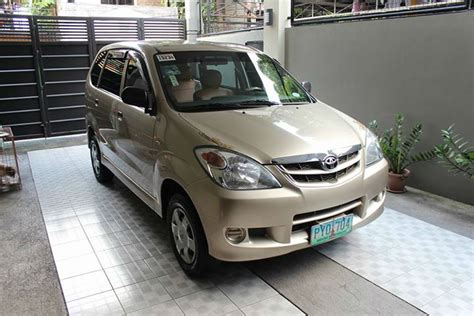 second toyota avanza j 2011 manual transmission