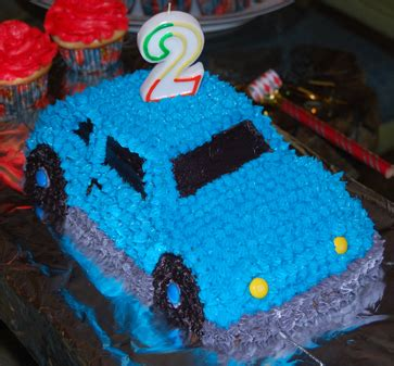 themed cakes birthday cakes wedding cakes car themed birthday cakes for 2 year olds