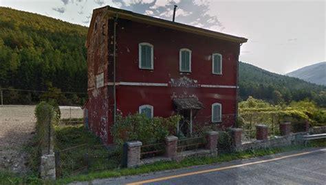 vendita casa cantoniera demanio all asta in umbria ex cantoniere immobili e