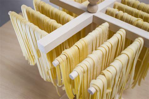 ricetta pasta fatta in casa senza uova pasta fresca senza uova ricetta unadonna