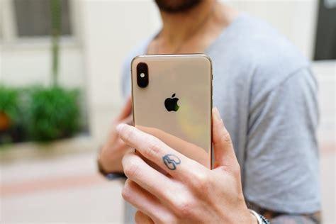 iphone xs vs iphone xr quelles sont les diff 233 rences entre les deux smartphones phares d apple