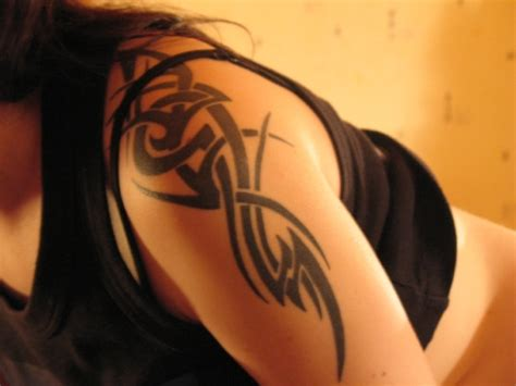 25 Cool Tribal Tattoos For Women Creativefan Awesome Tribal Tattoos For