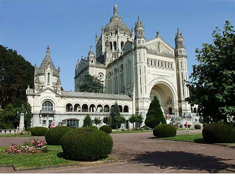 st therese basilica lisieux france basilica of st th 233 r 232 se lisieux in lisieux france sygic