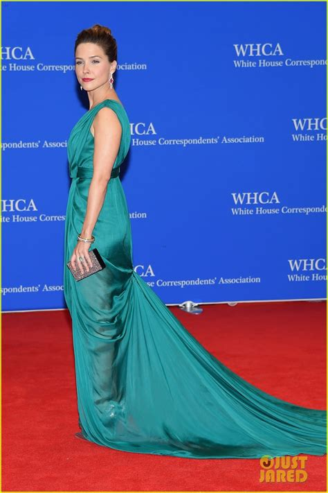 troian bellisario 2015 white house sophia bush in monique lhuillier white house