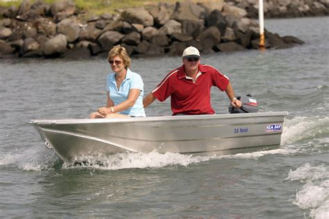 boat safety must haves 5 must have boat accessories almac trailers