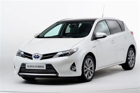 Toyota Auras New Toyota Auris Auto Express
