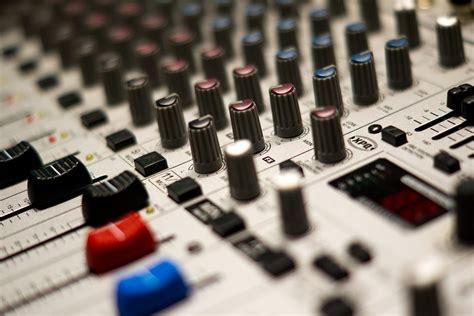 Mixer Untuk Studio Musik free photo mixer studio stereo free image on pixabay 168466