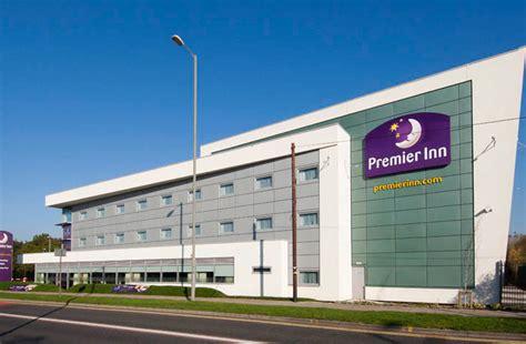 premier inn locations hnn whitbread has 100 000 room goal for premier inn in uk