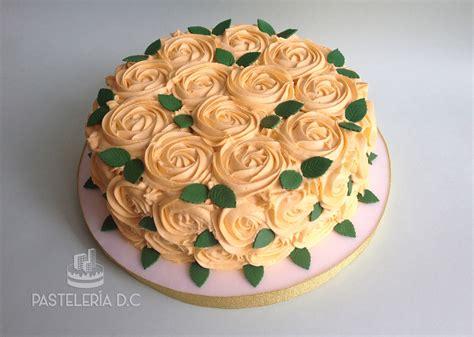 torta con flores de buttercream tortas tortas con flores tortilla y flores otras tortas pasteler 237 a d c