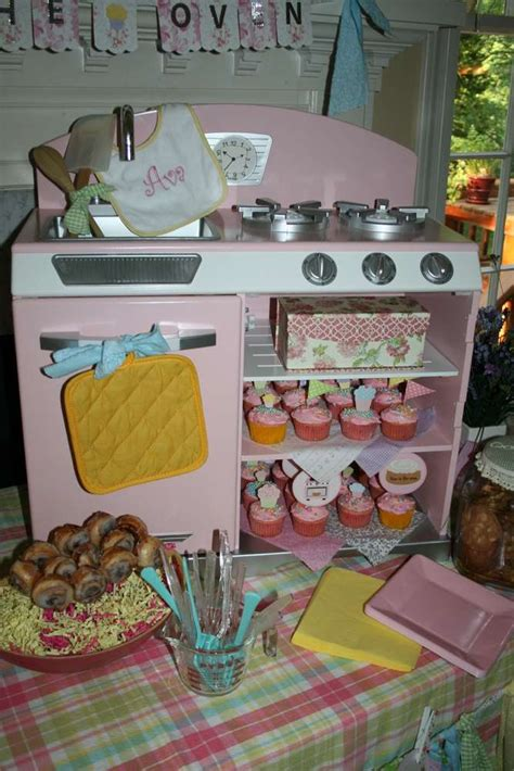 quot bun in the oven quot baby shower ideas photo 9 of 25