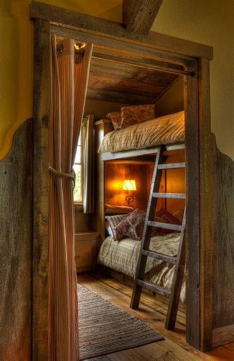 Small Log Home Decor 25 Best Ideas About Small Cabin Interiors On