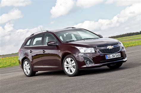 New Chevrolet Cruze Station Wagon UK Pricing autoevolution