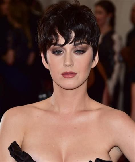 katy perry new kris jenner hairstyle katy perry wears her kris jenner wig to the met gala met