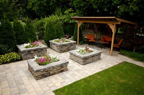 backyard solutions top 3 creative backyard privacy solutions 187 denbok landscaping design