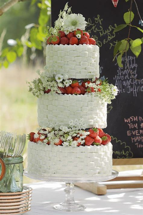 Hochzeitstorte Erdbeer Strawberry Wedding Cake Quot Let Them Eat Cake